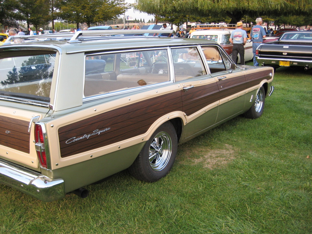 1966 ford country squire - photo #8