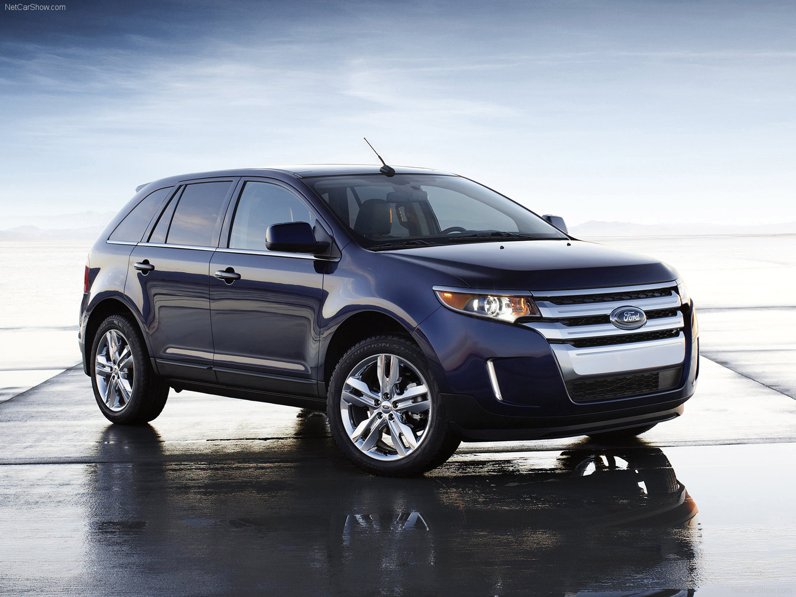 Ford Edge SUV 2011