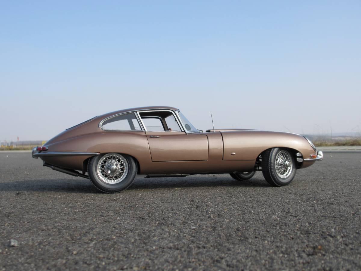 ... Jaguar E Type Coupe 1962 ...