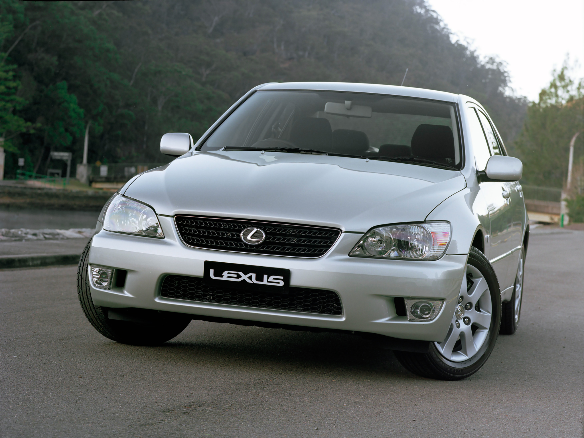 Lexus IS Sedan 2003