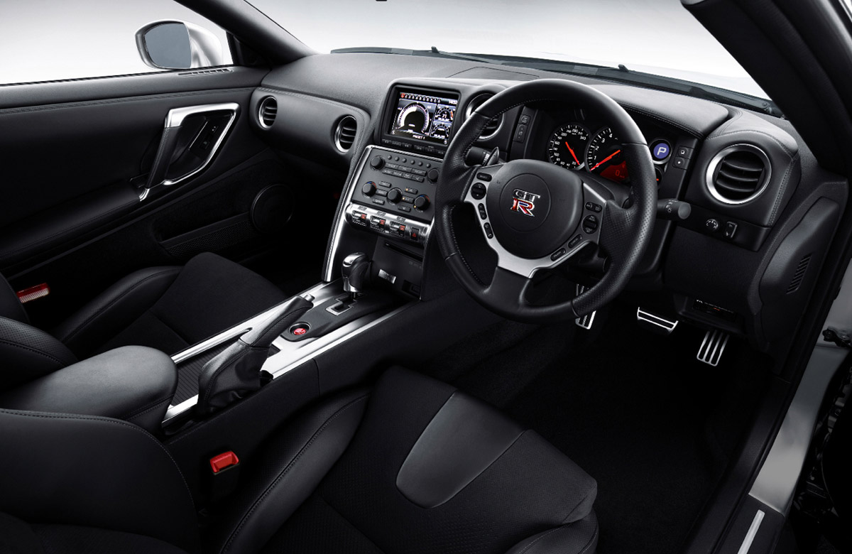 ... Nissan GT R Coupe 2010 ...
