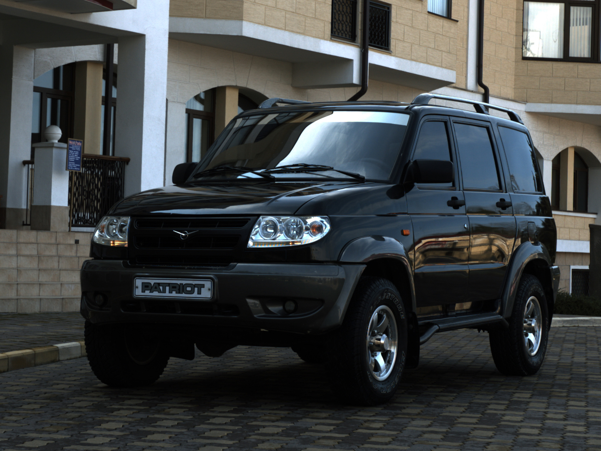 uaz patriot suv 2005. Black Bedroom Furniture Sets. Home Design Ideas